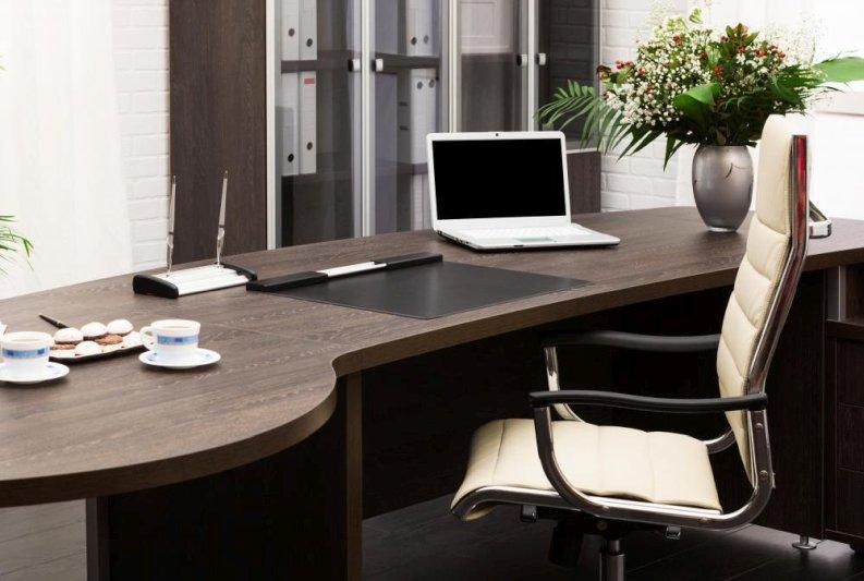 computer-office-800x533